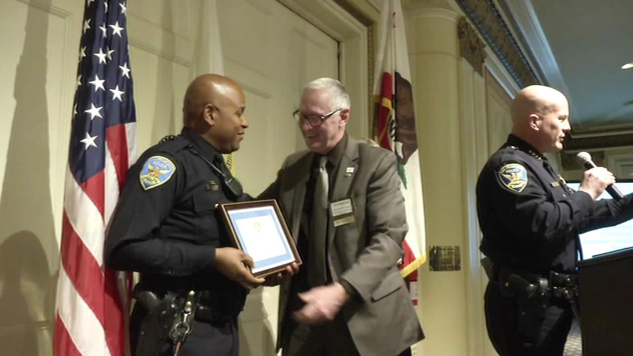 police officer awarded for being an outstanding first responder