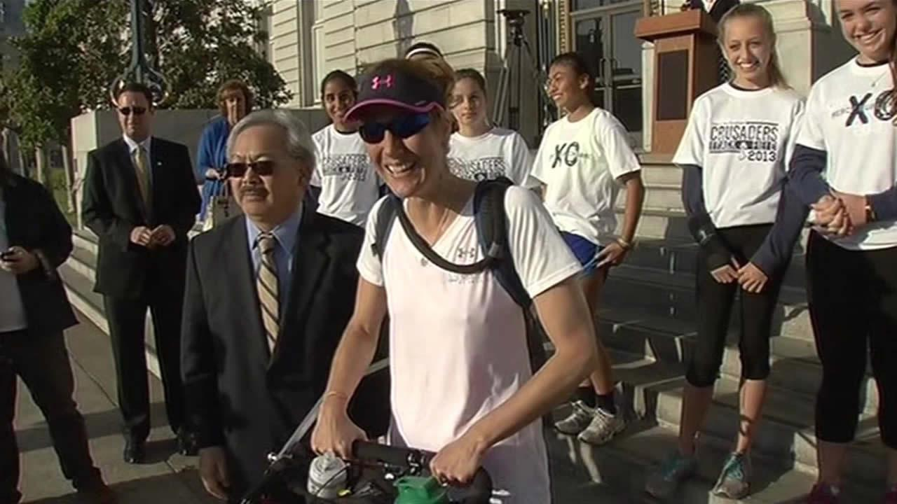 Endurance athlete Jessica Goldman ran off from San Francisco City  Hall this morning for a cross-country run to New York City.