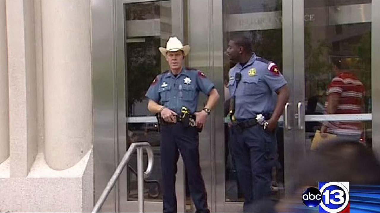 Houston-area counties beef up security in wake of Kaufman County killings