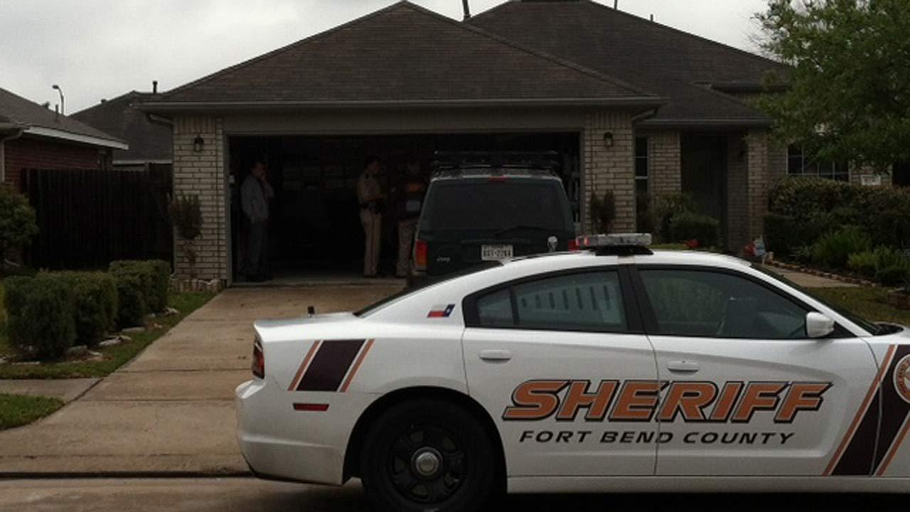 Deputies recovered shotgun, still looking for shooter in Ft. Bend Co.