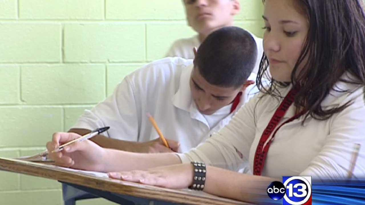 Test seating problems prompts SAT retake