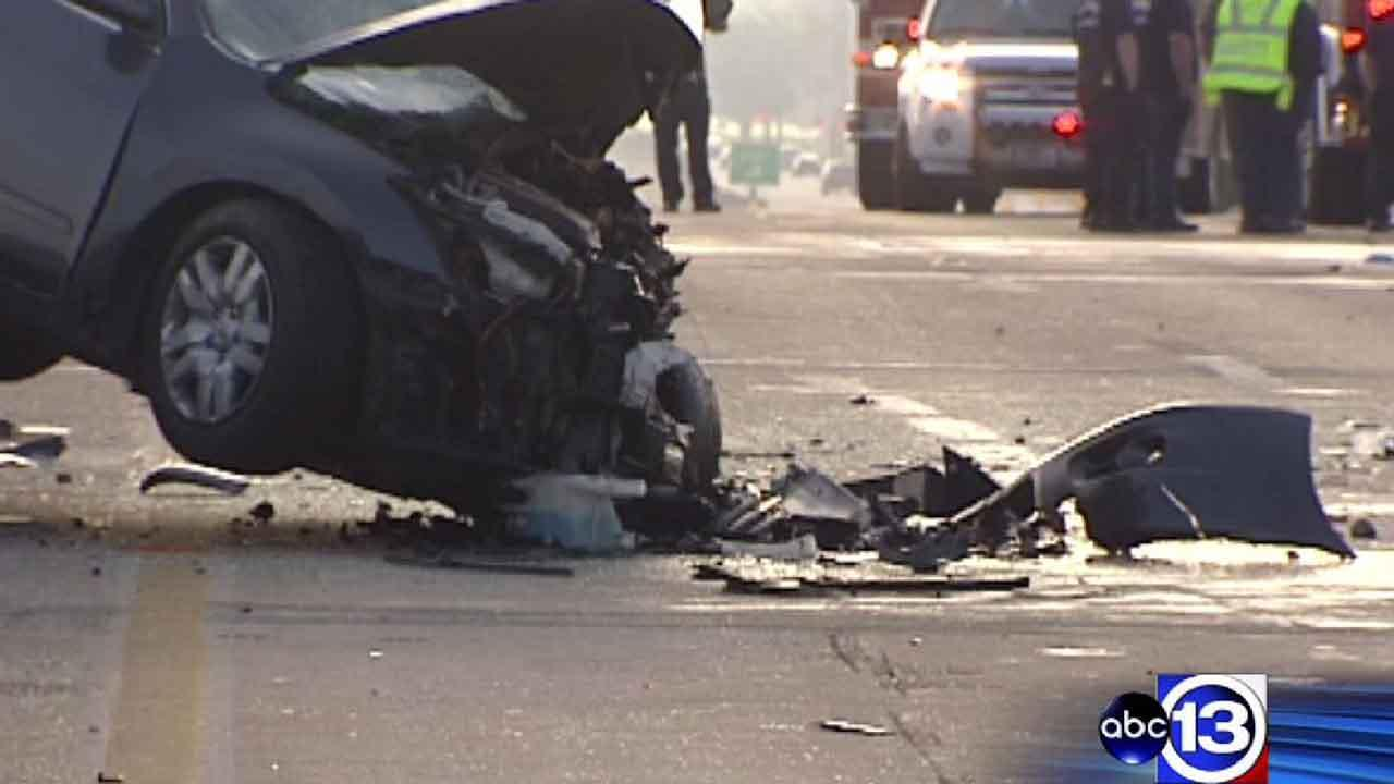 HPD: Wrong-way driver causes double fatal accident