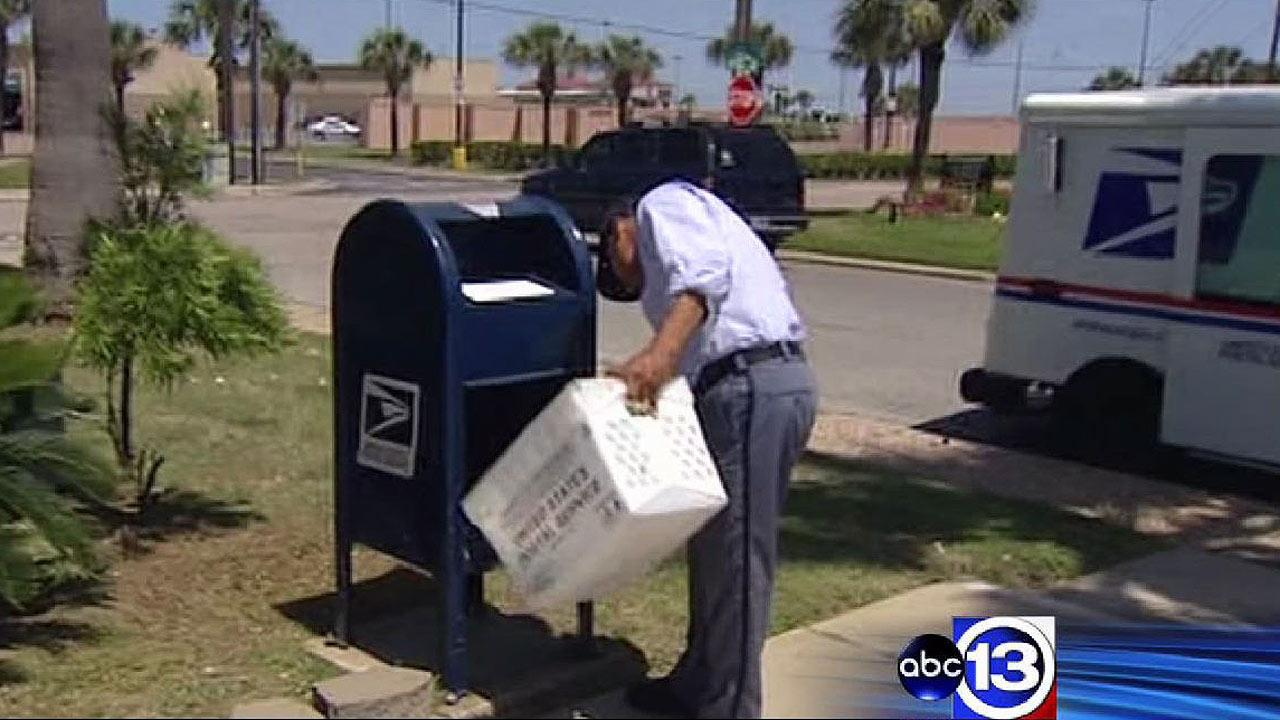 Mailman finds homemade bomb in Galveston