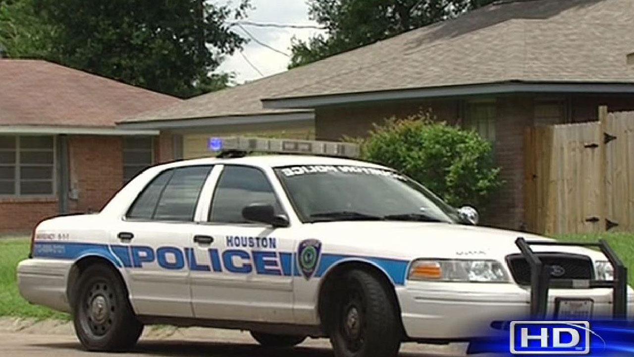 HPD: Dead man found at marijuana grow house in northwest Houston