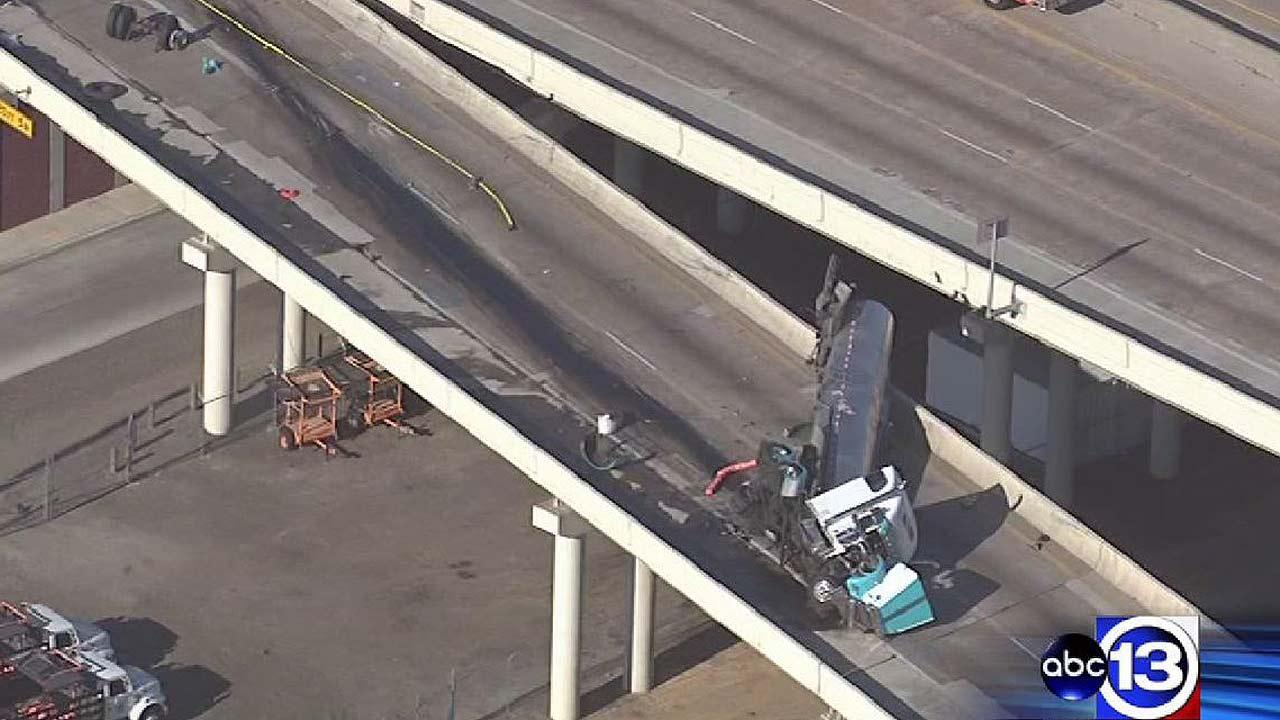 Southbound lanes of West Loop at Highway 59 reopen following big rig accident