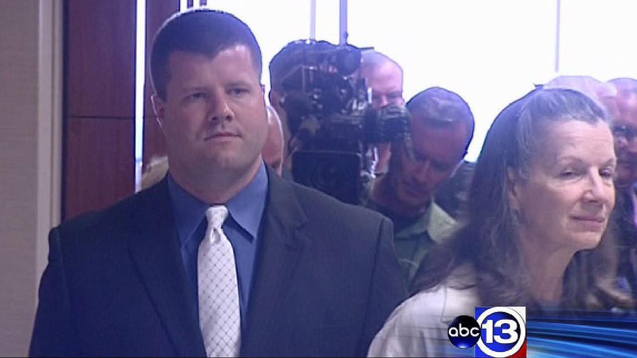 Houston's top cop testifies at teen beating trial