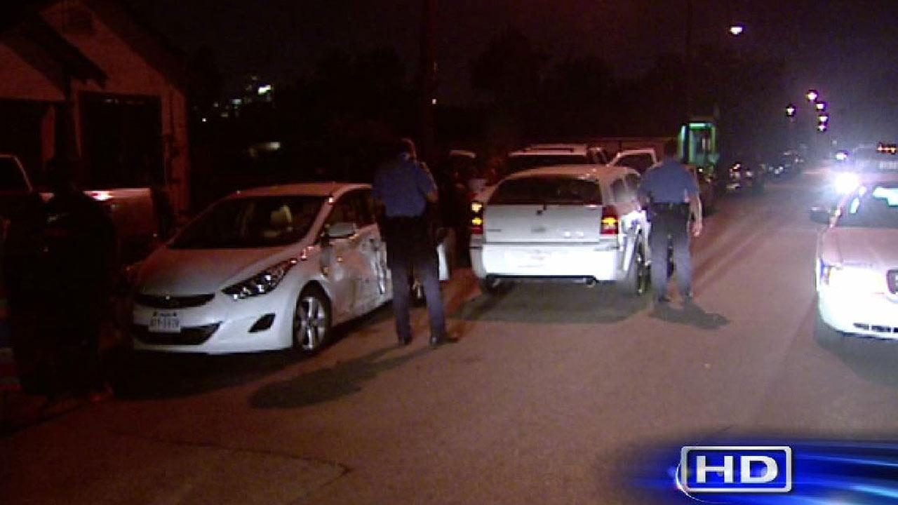 Police: Woman runs into cars, person in SE Houston after dangerous fight