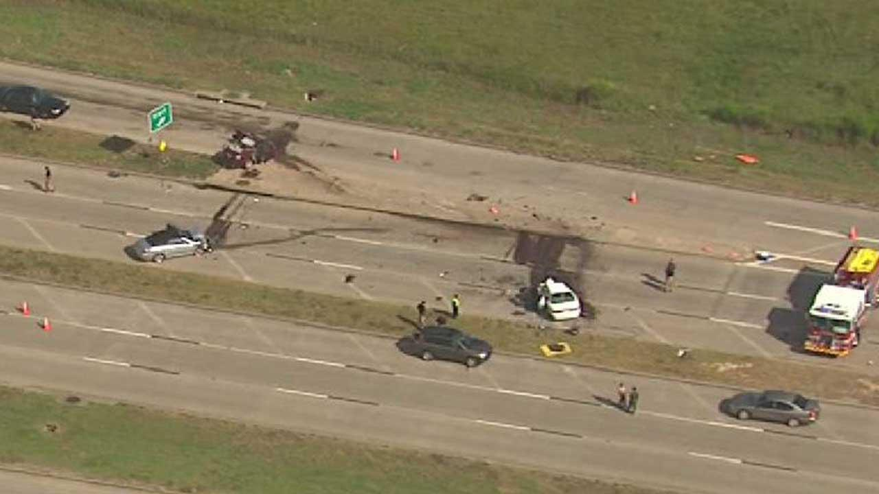 Fatal three-vehicle wreck in Missouri City shuts down Hwy 90 for hours