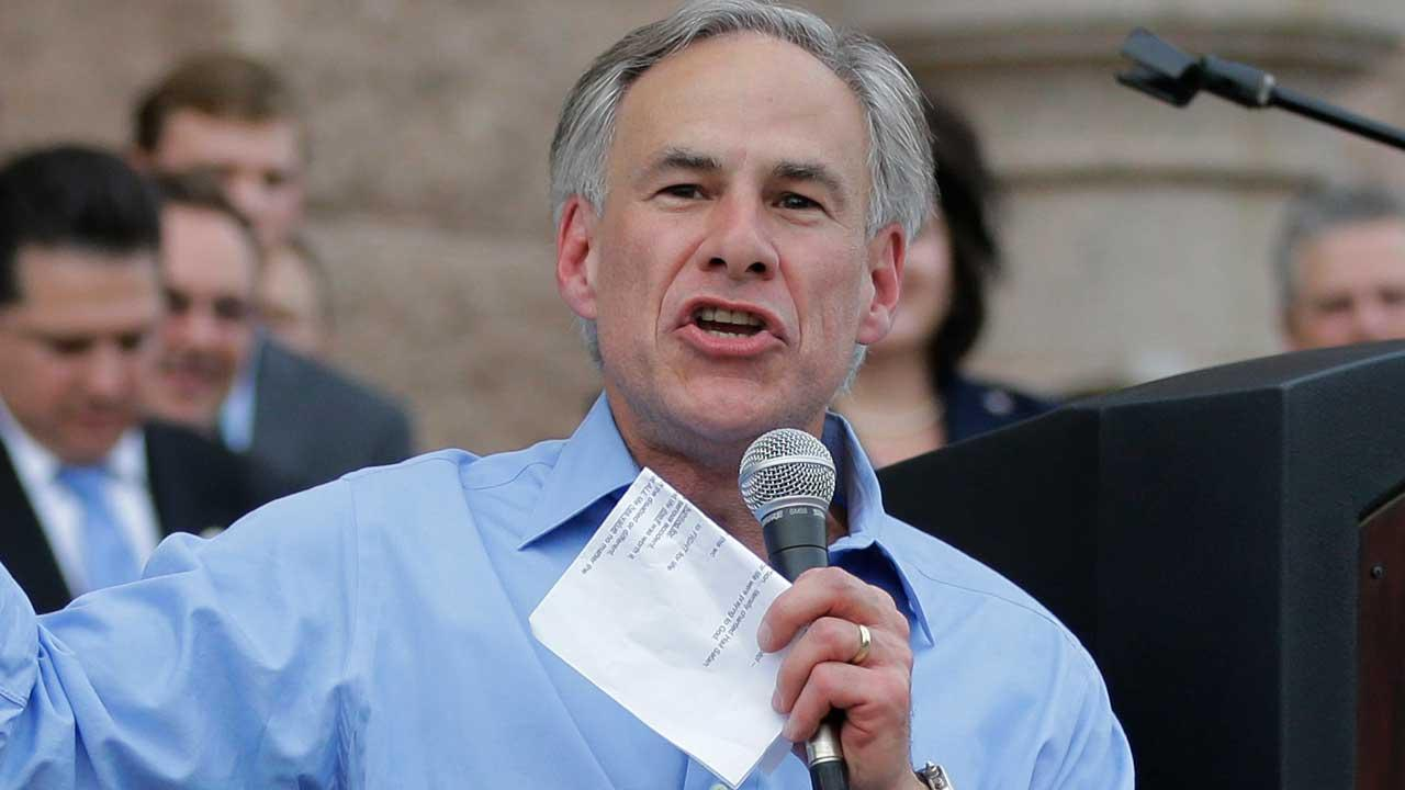 Texas Attorney General Greg Abbott plans to make a big announcement on Sunday. (AP photo)