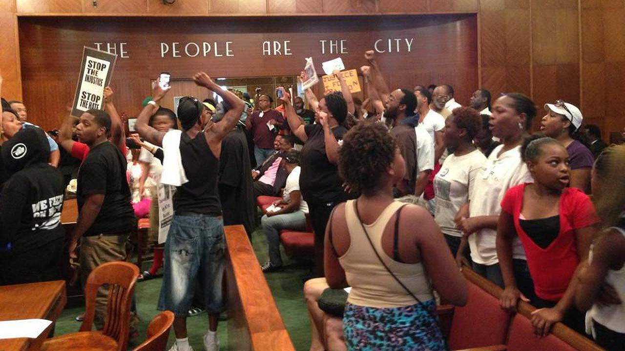 Zimmerman protesters in Houston city council meeting