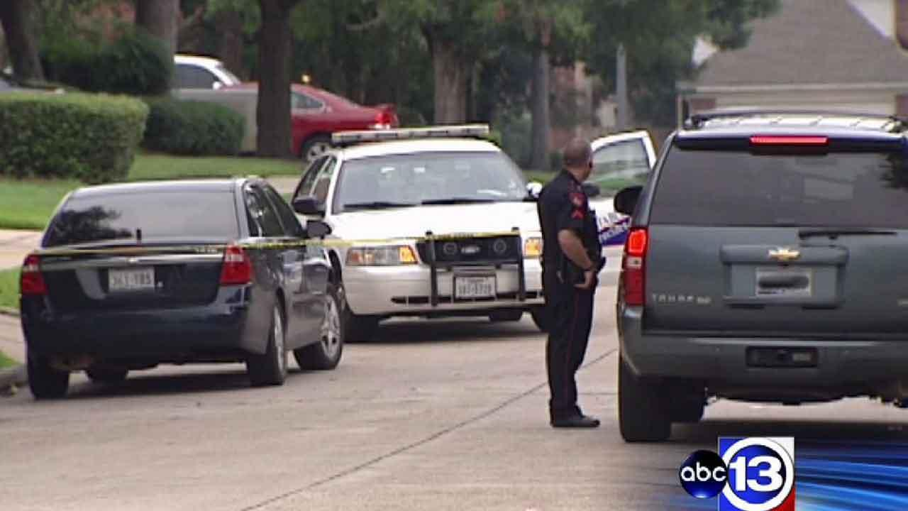 18-year-old shot at massive northeast Harris County party
