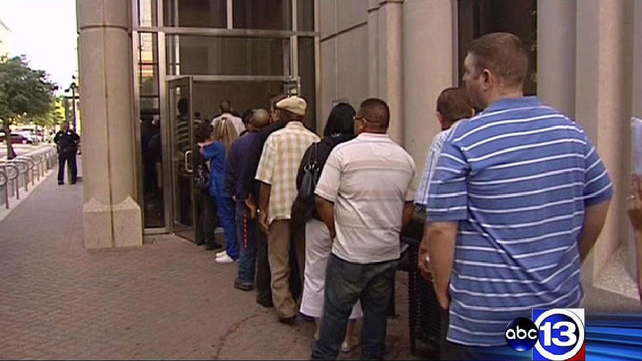 Long lines at criminal courthouse in downtown Houston