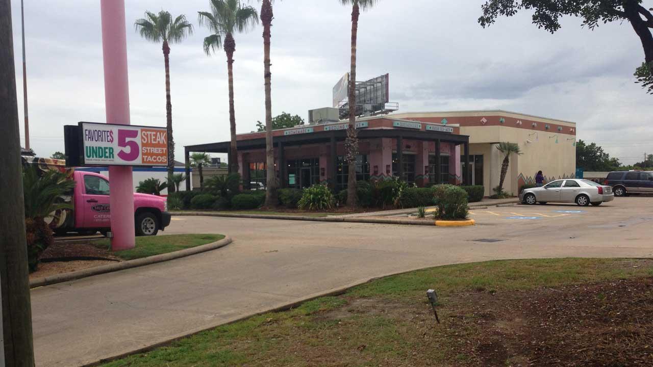 HPD: Gunmen open fire at Taco Cabana in southwest Houston