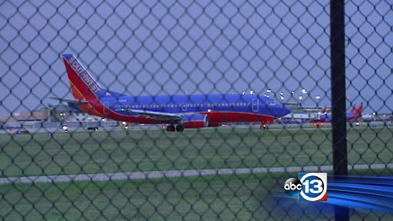 Southwest Airlines plane turned around over cargo door at Hobby Airport