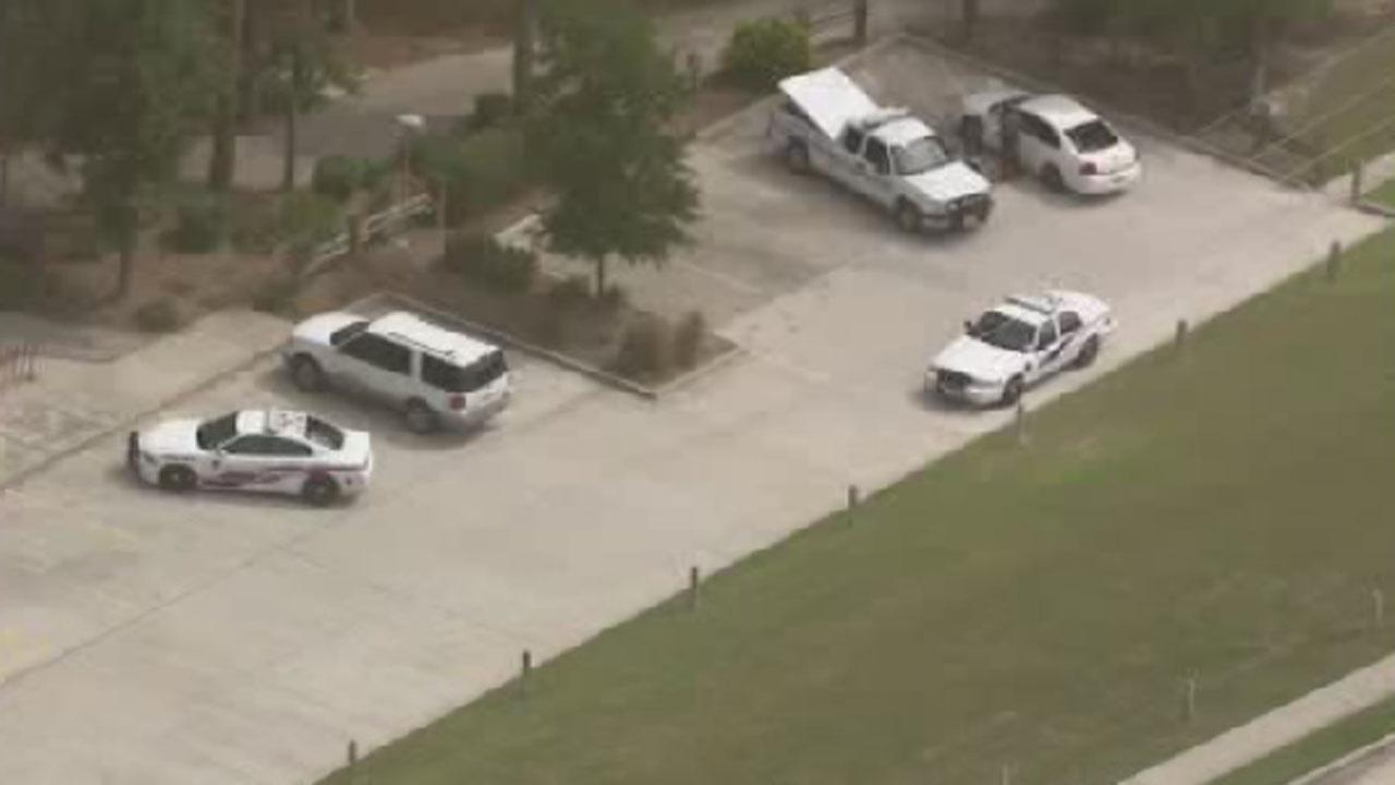 body found at Lakewood Crossing Park