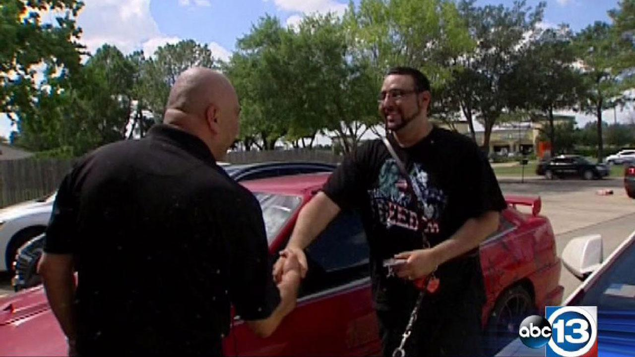 Disabled veteran with vandalized car gets Texas-sized support