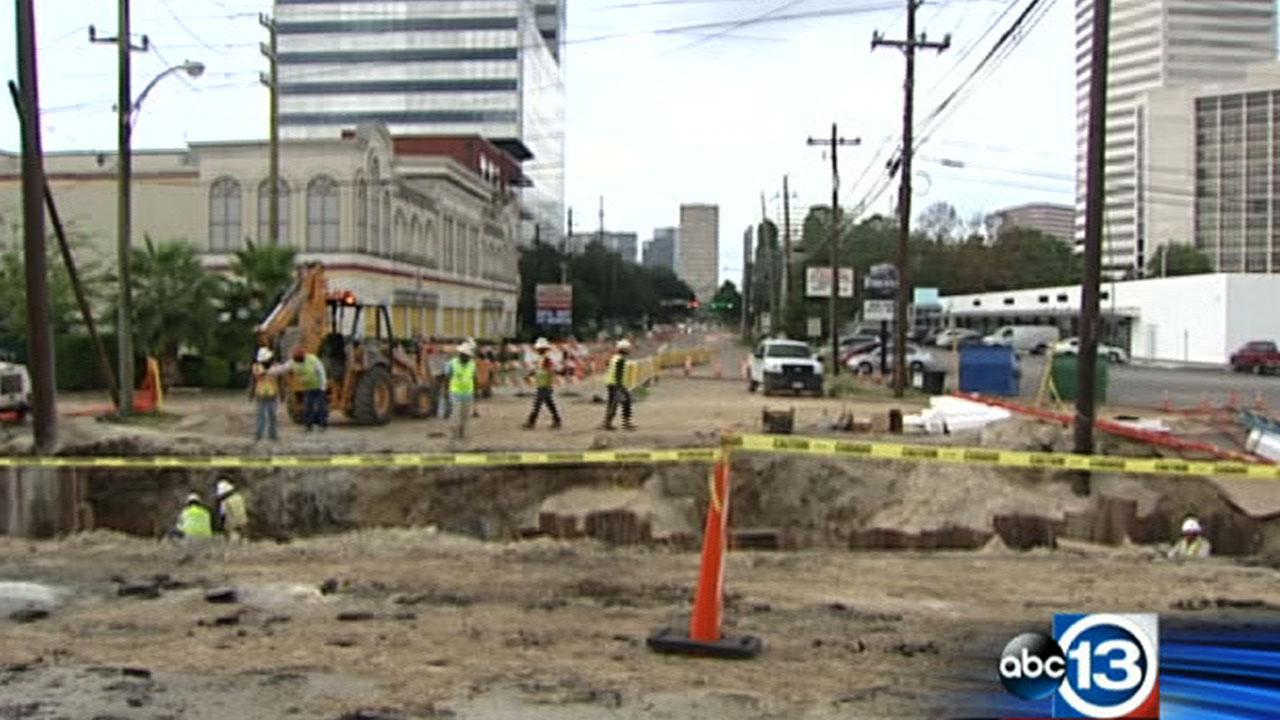 Construction on San Felipe Bridge in Galleria area hits business owners hard