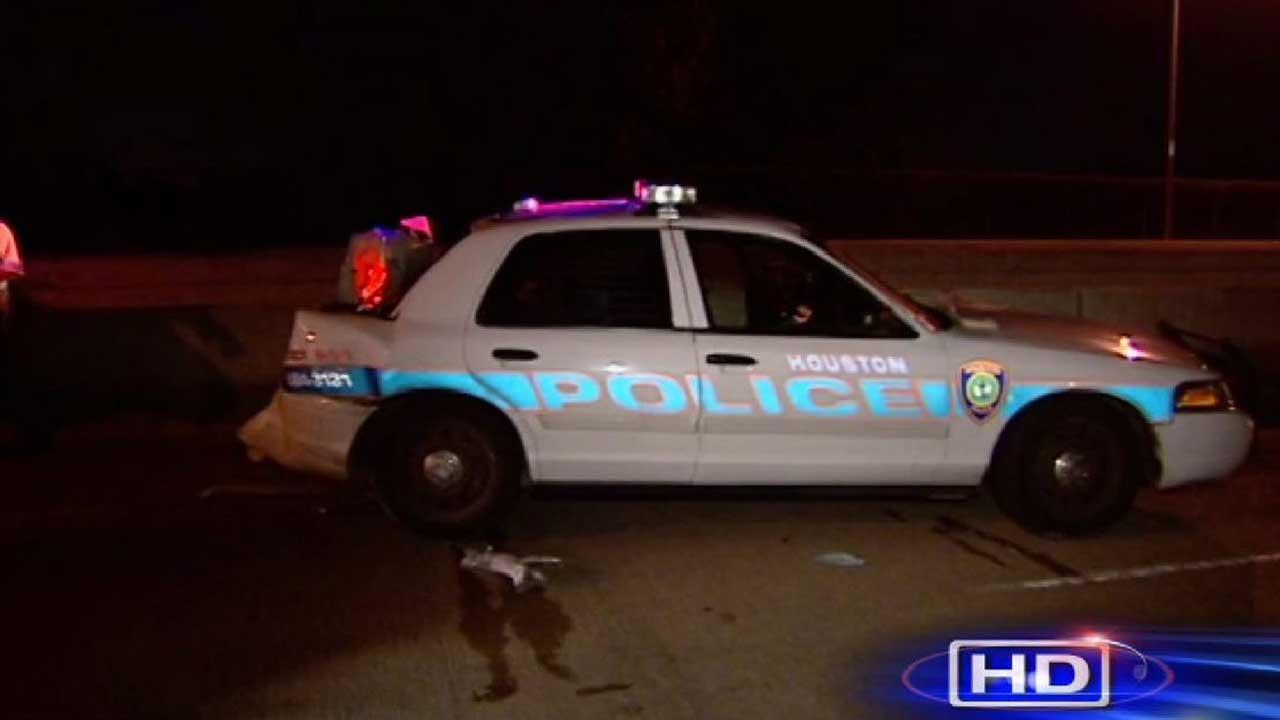 Officer injured in accident