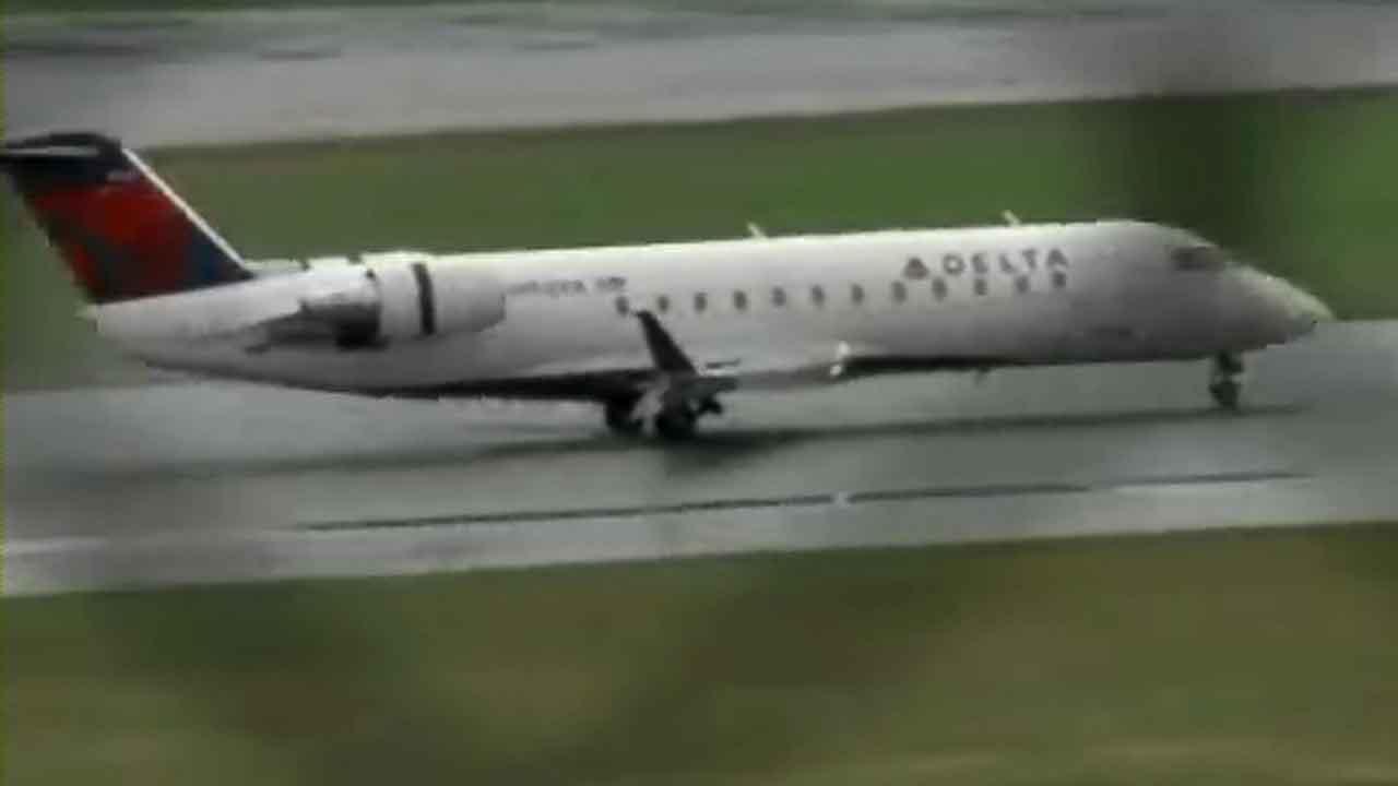 Boy, 9, sneaks on flight from Minneapolis to Las Vegas