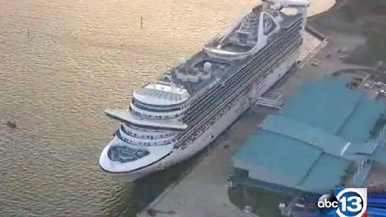The Caribbean Princess arrives at the Bayport Cruise Terminal in Pasadena on Tuesday, November 5, 2013