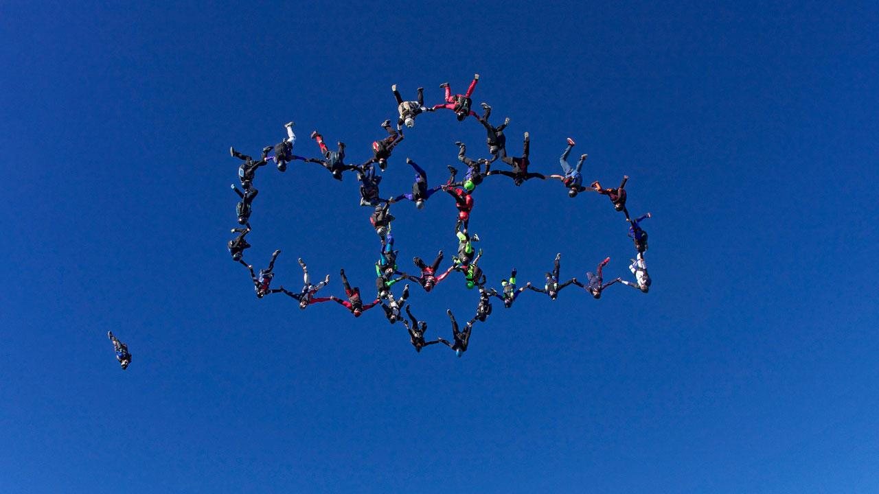Skydiving formation record