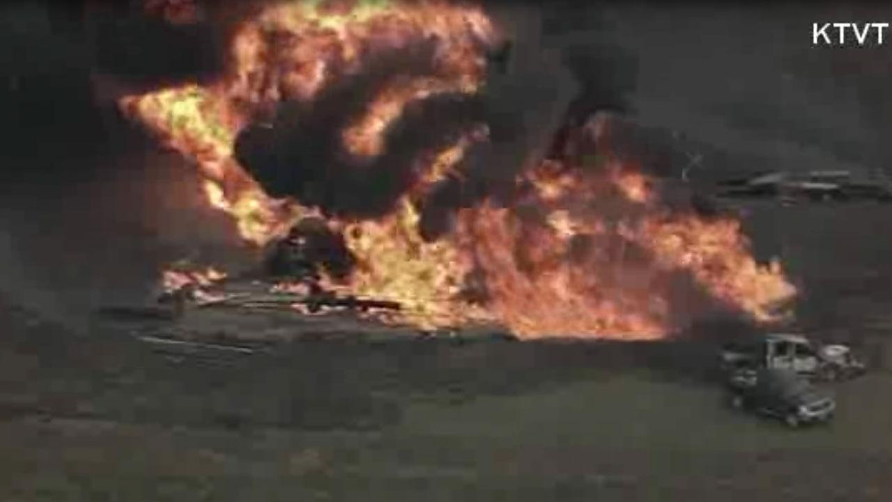 Residents urged to leave town after north Texas gas line explosion