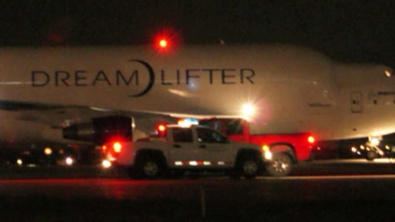 Massive Boeing 747 jumbo jet stuck after mistakenly landing at tiny Kansas airport