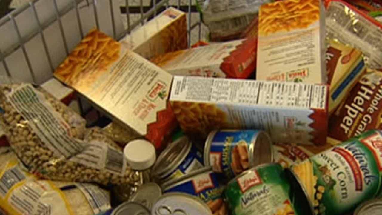 HPD kicks off its annual Comida Food Drive