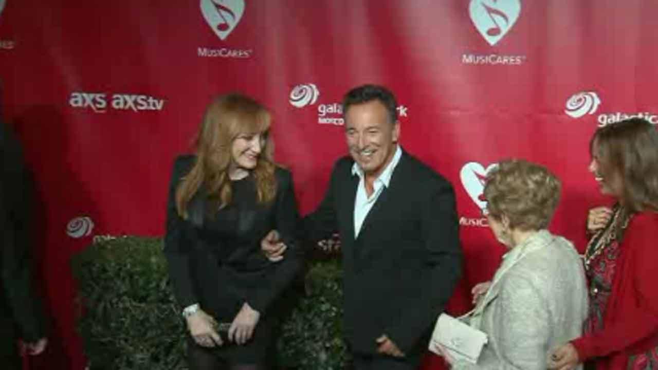 Springsteen 'Born to Run' manuscript at NY auction