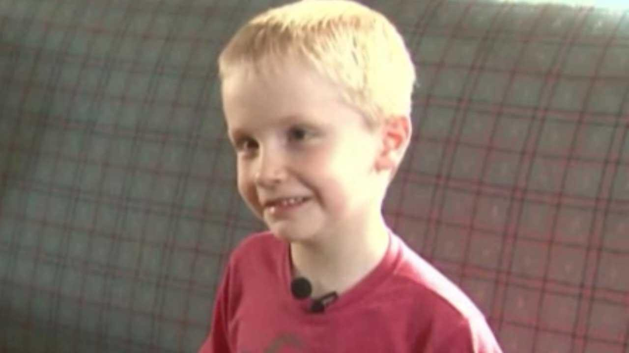 Colorado girl's mom applauds suspension of 6-year old boy who kissed her daughter