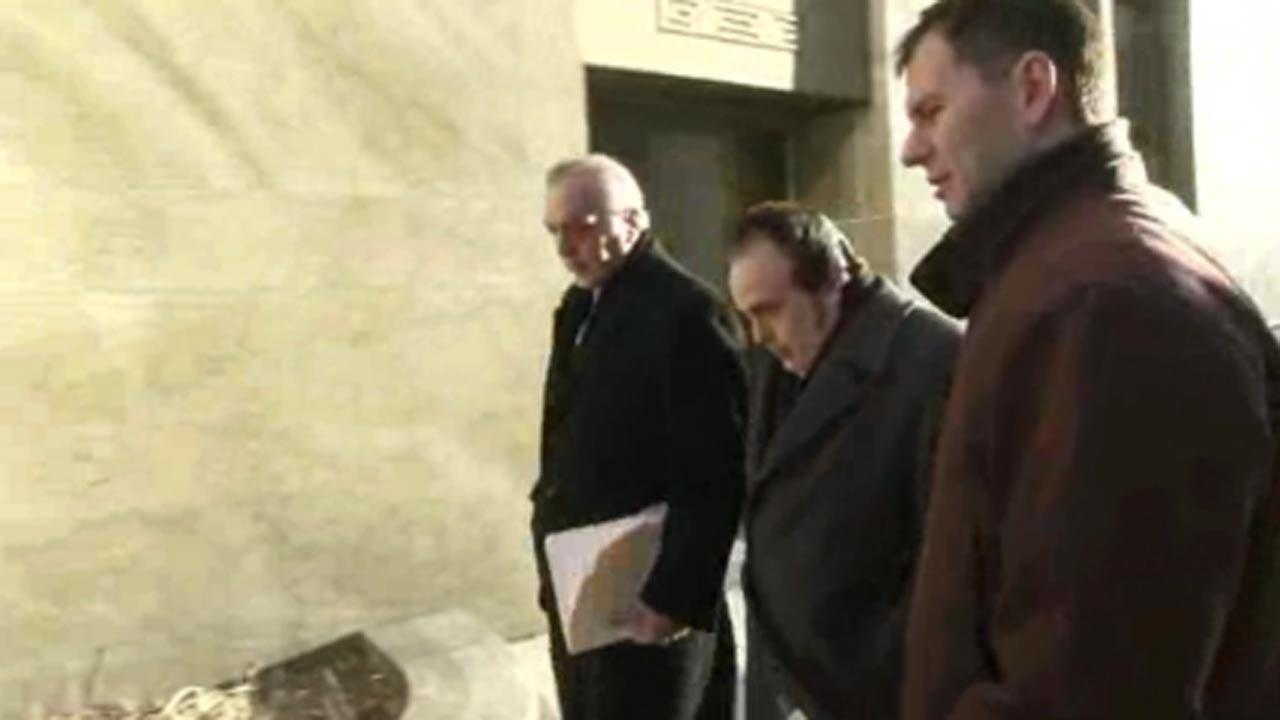 Ex-NY police officers charged in disability scam