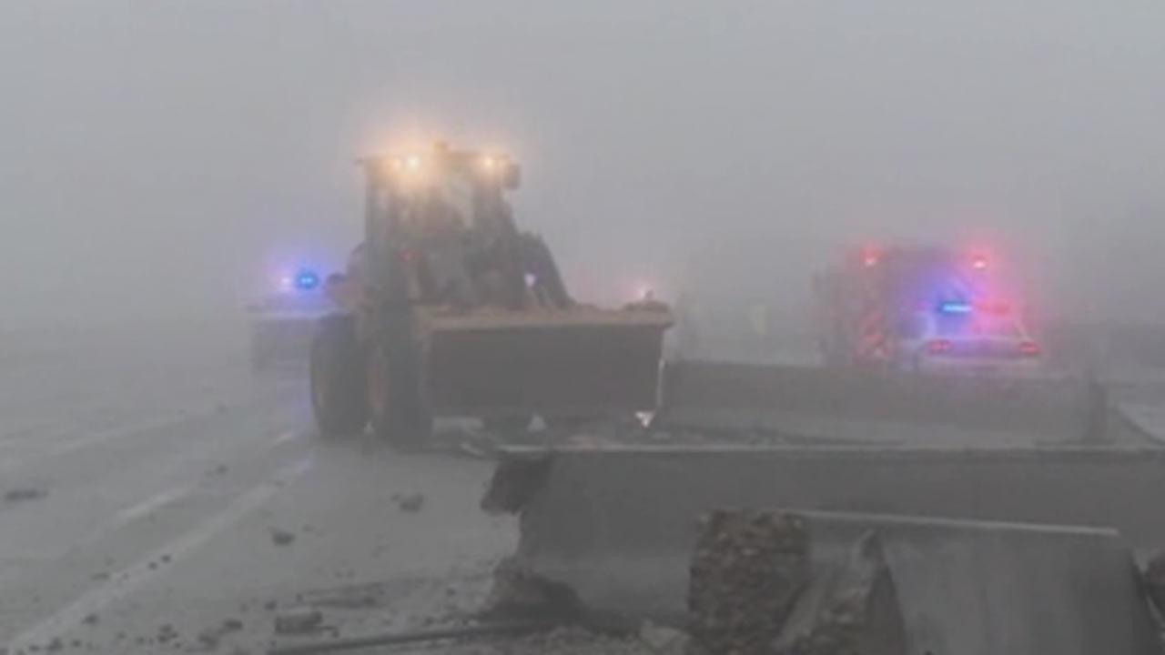 Wrecks during fog block I-30 over Dallas-area lake