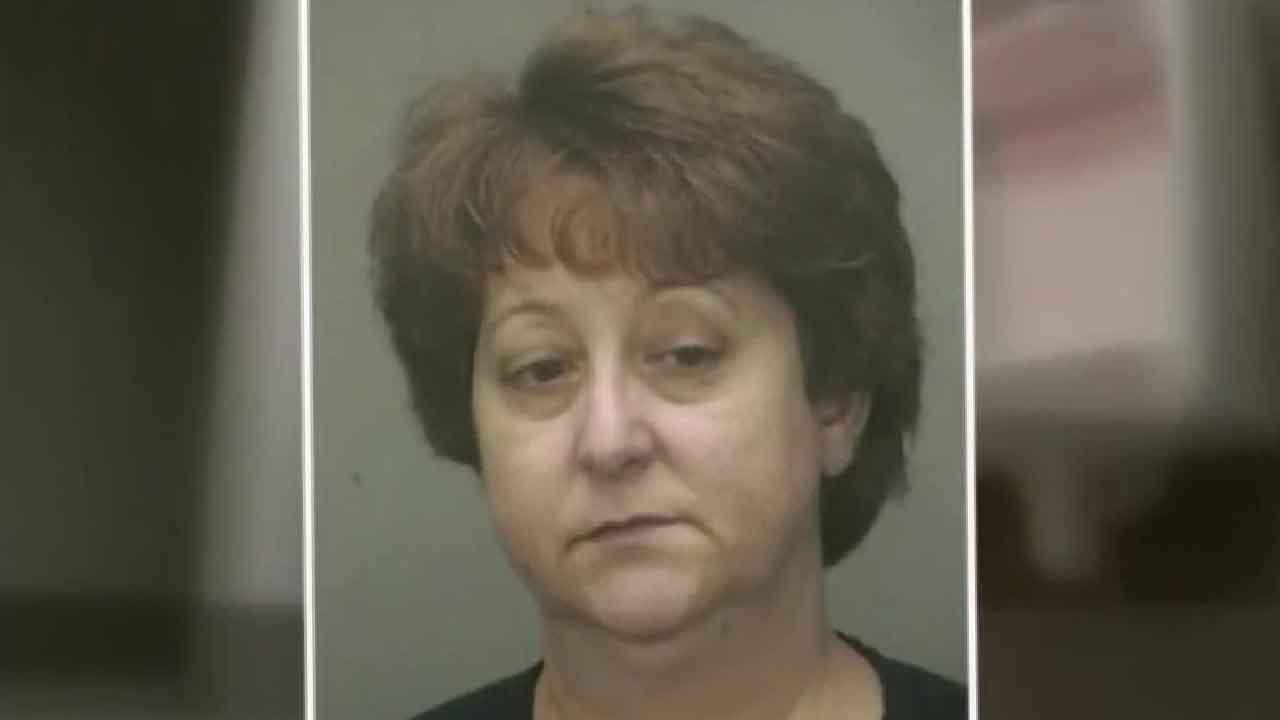 Florida teacher accused of making student unclog urinal with hands