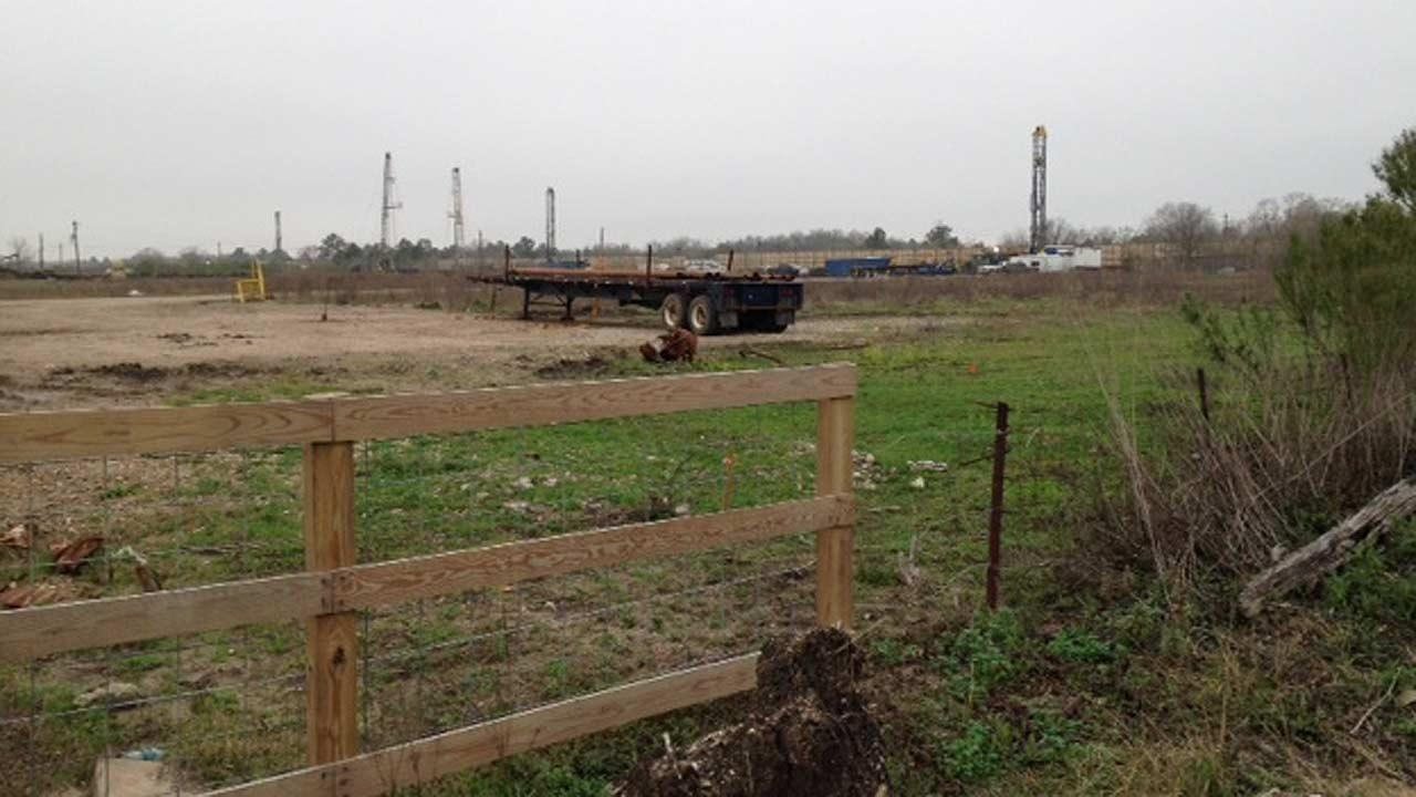 Two oil field workers killed