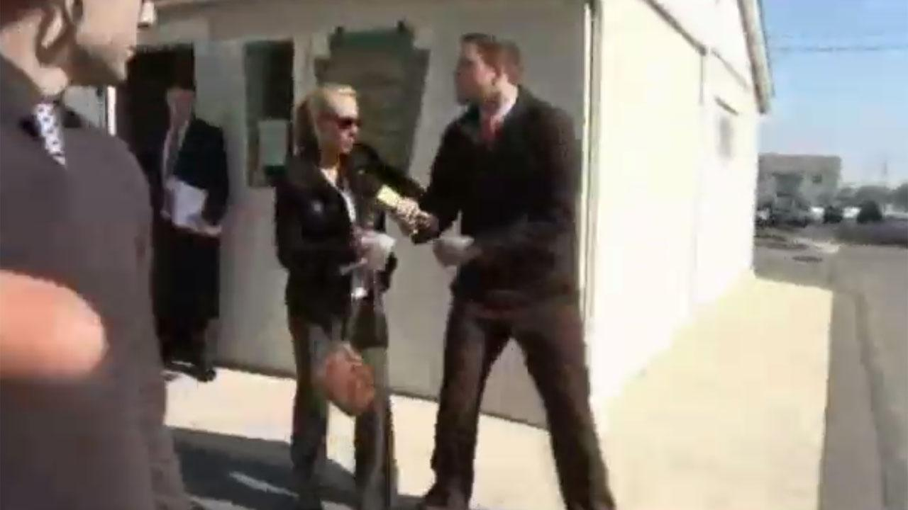Woman takes out frustration on Pennsylvania reporter