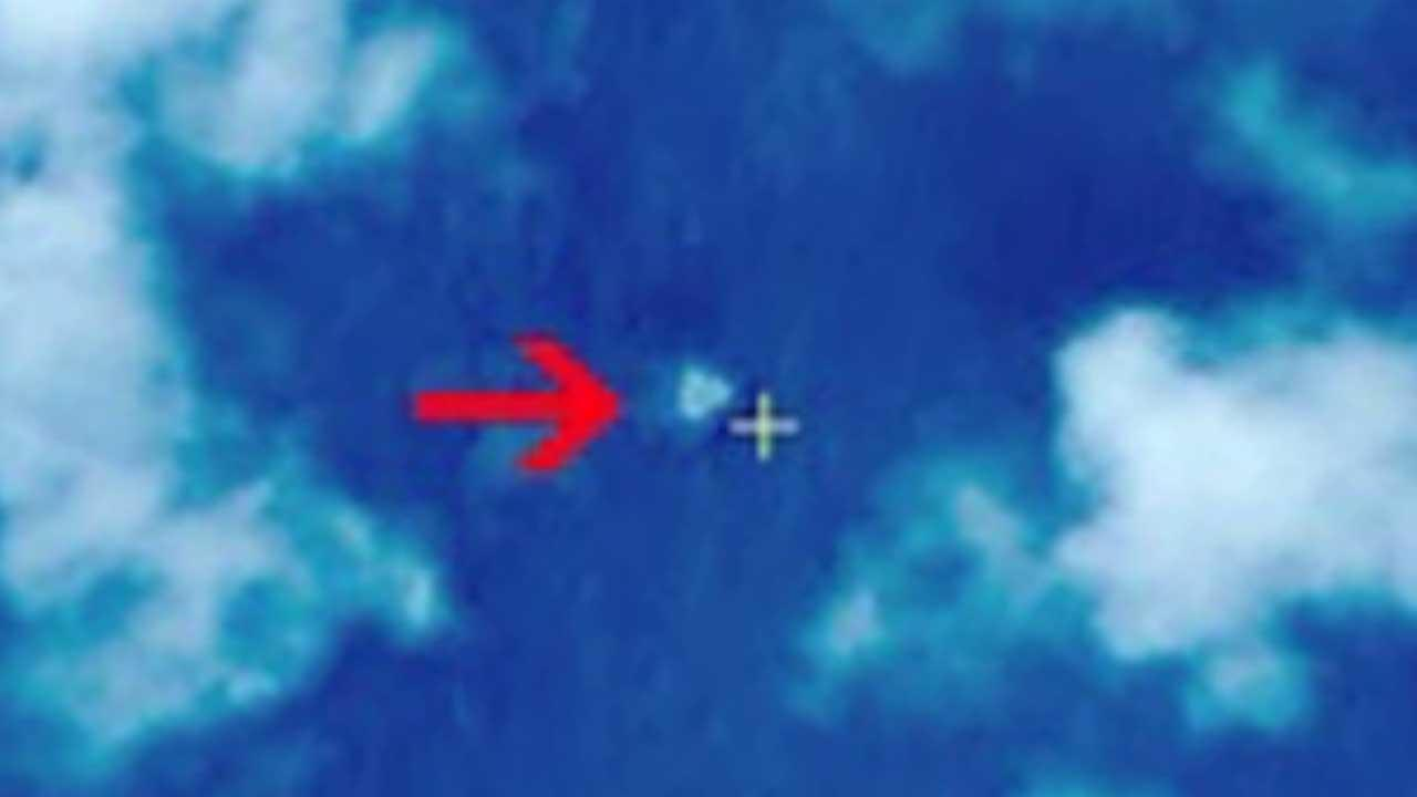 Report: Chinese site shows possible images of debris from missing Malaysian Airlines plane