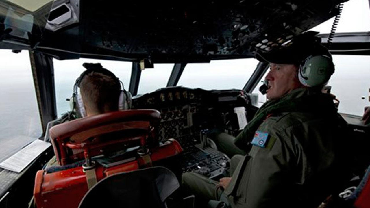 French images show possible debris from Missing Malaysian Airlines jetliner