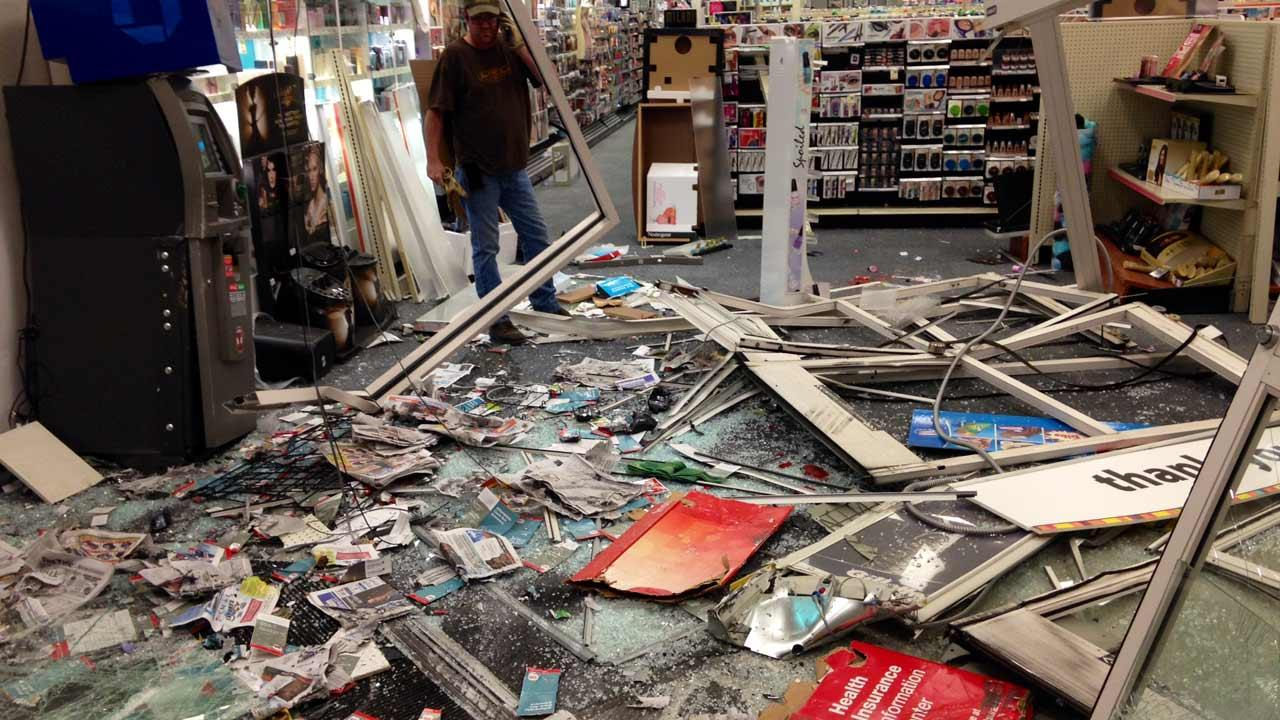 Smash-and-grab suspects hit CVS store in NW Harris Co.