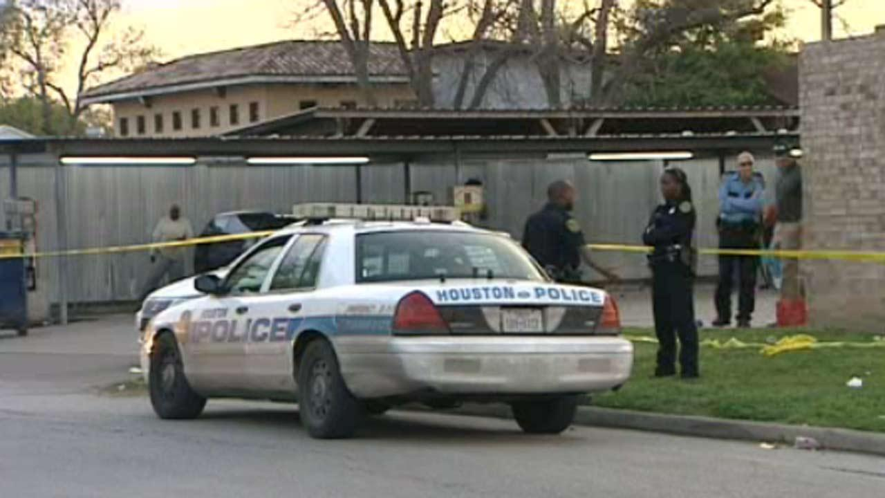 Fight over towel at car wash ends in shooting