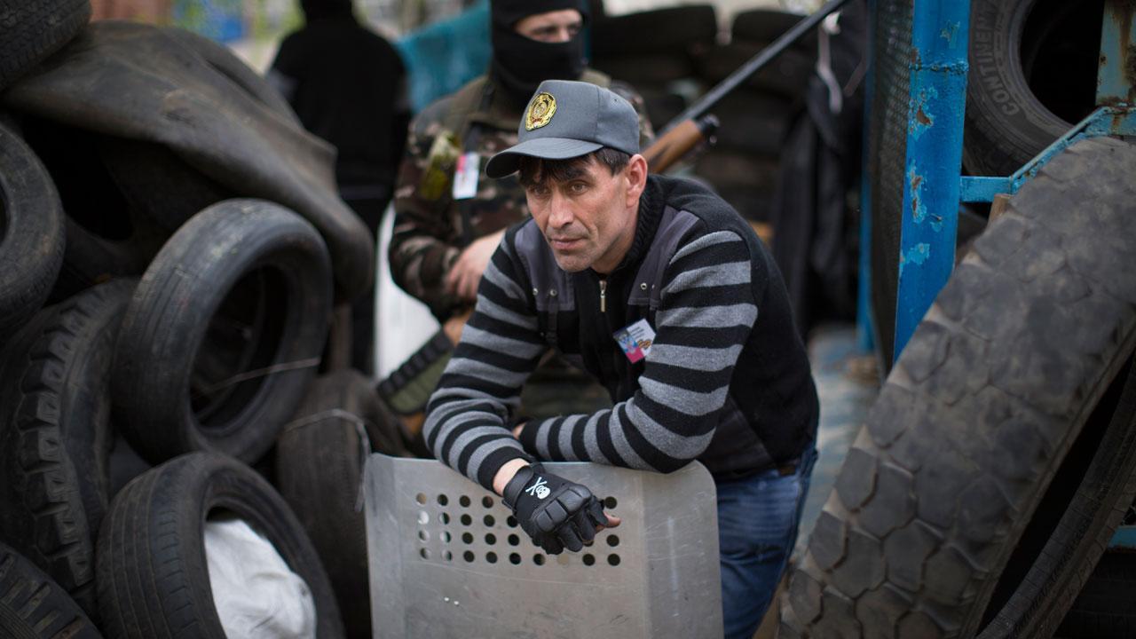 Ukraine barricades