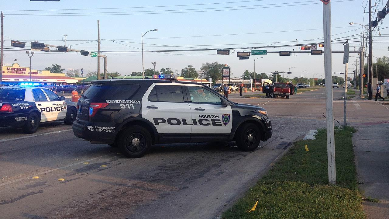 Southeast Houston officer accident