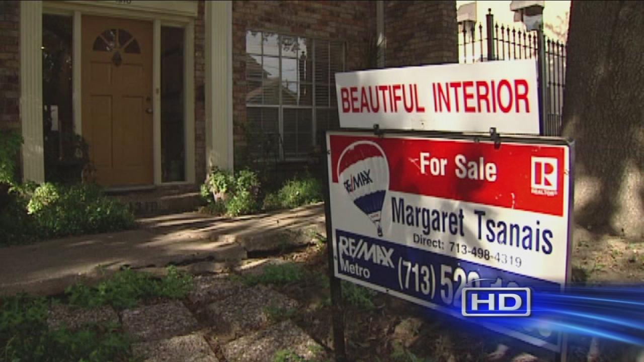 Buying a home? Govt shutdown may slow you down