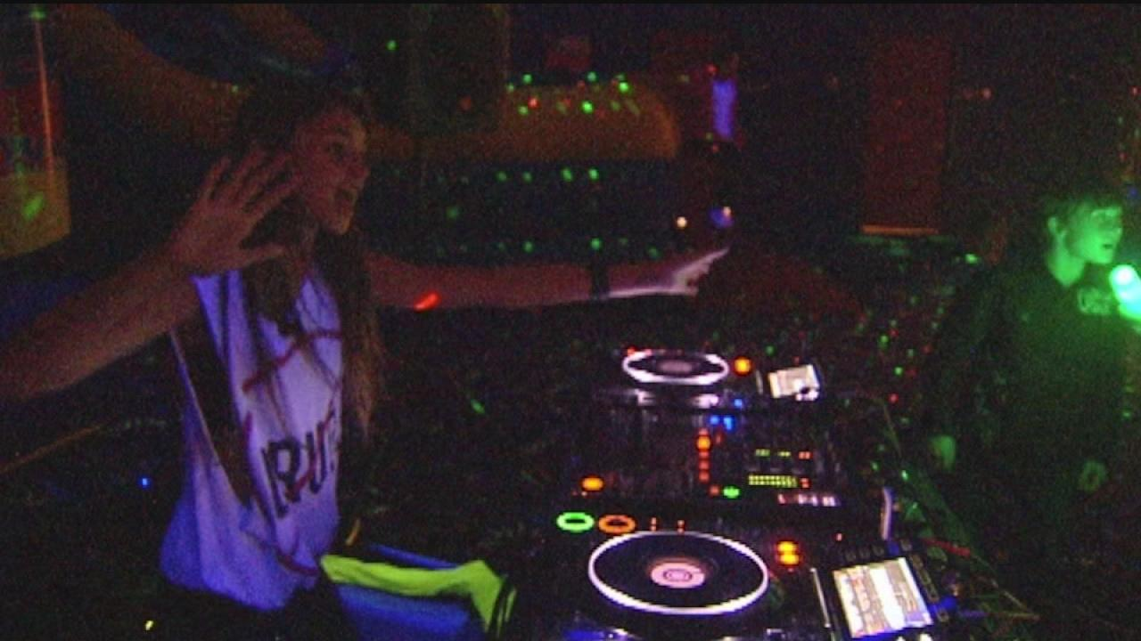 Teen DJ opens night club for kids in The Woodlands