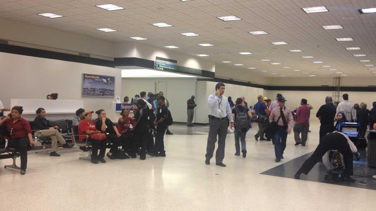Airport shooting, Bush IAH shooting