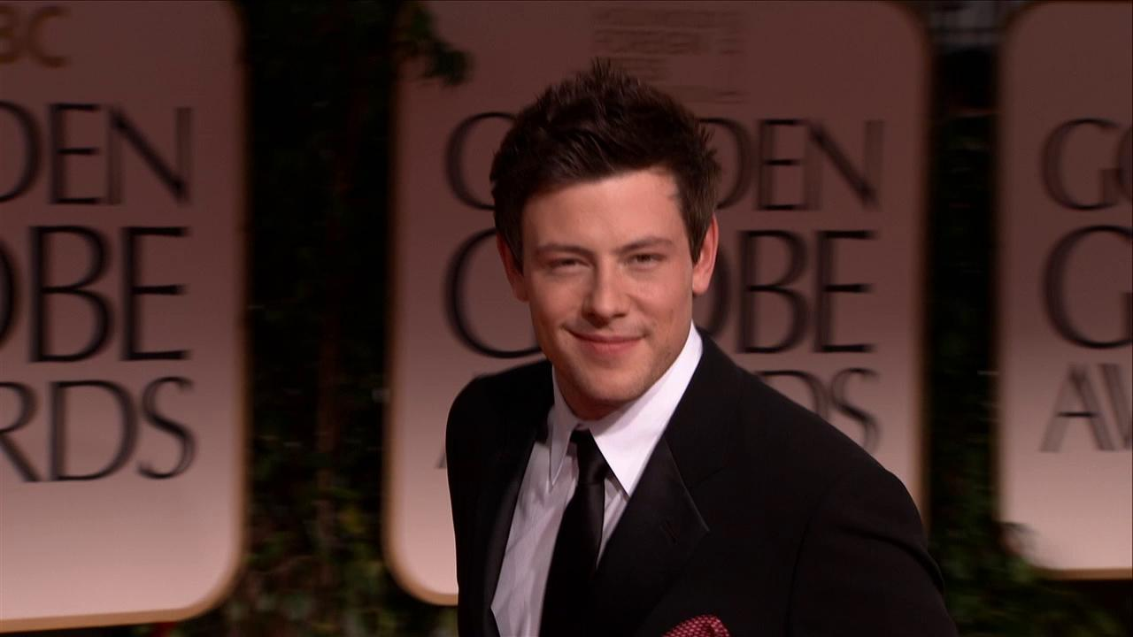 Cory Monteith of Glee walks the red carpet at the Golden Globes on Jan. 15, 2012.