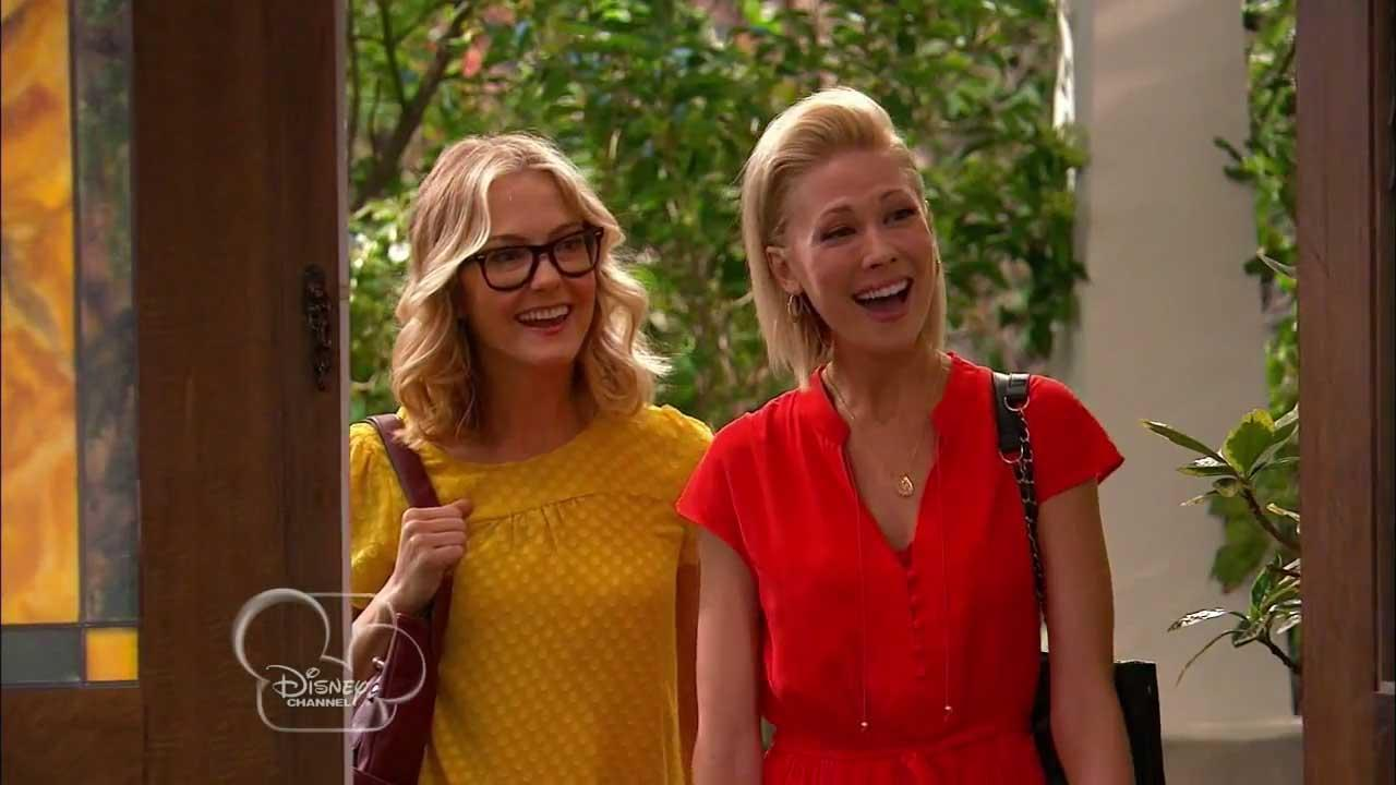 The Disney Channel original series Good Luck Charlie featured its first lesbian couple in an episode that aired in January 2014.