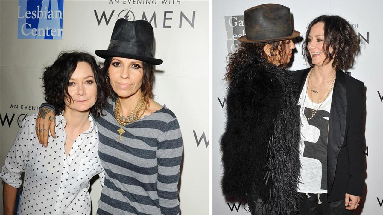 Otrc Sara Gilbert Weds Linda Perry Formerly Of 4 Non Blondes