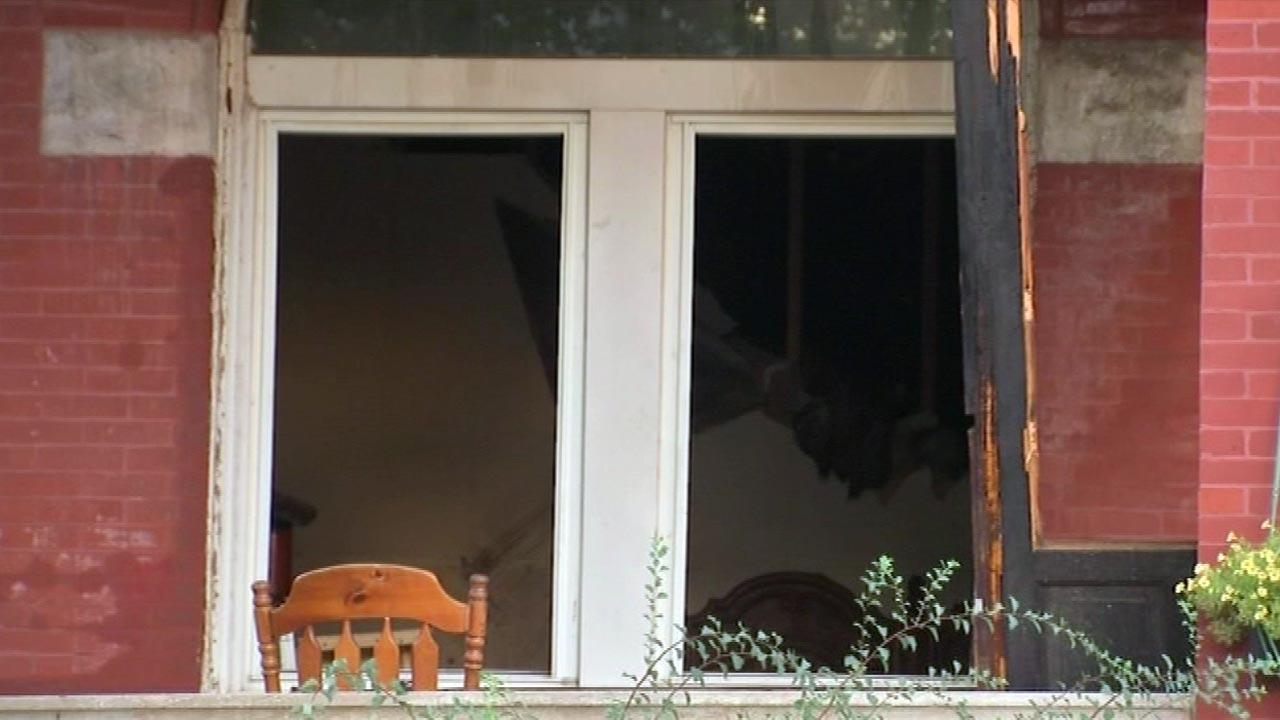 Deaf boy, 11, killed in Little Village apartment fire