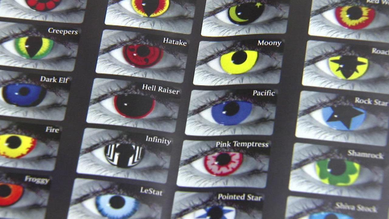 colored contacts warning: illinois regulators crack down on colored