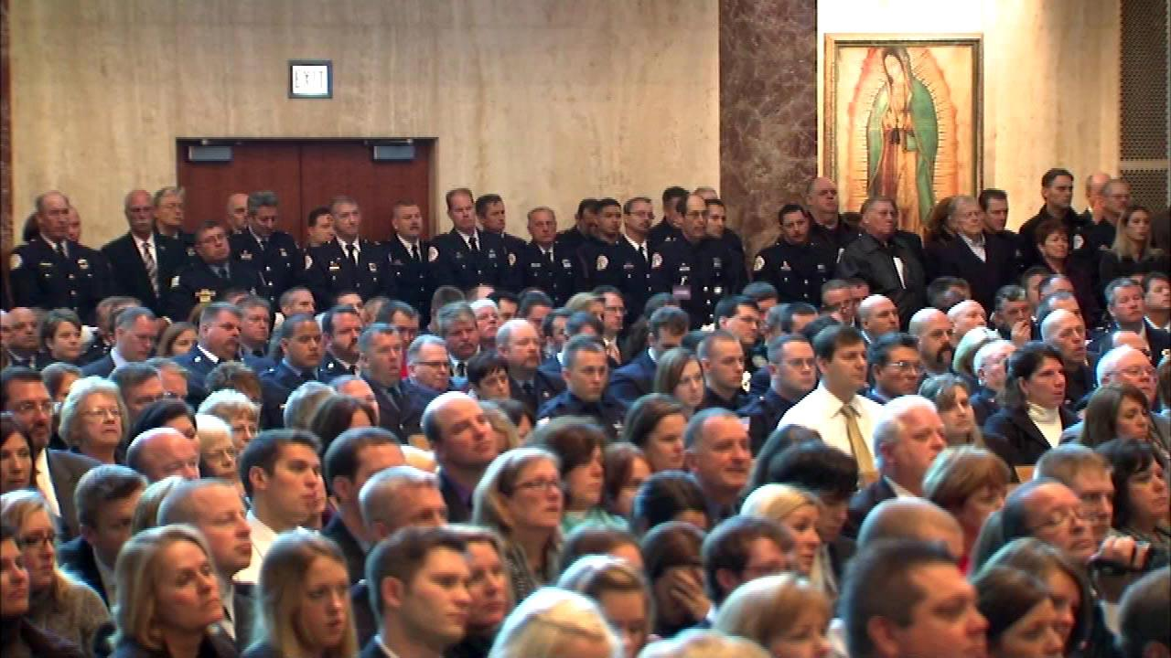 Funeral held for fallen Chicago firefighter